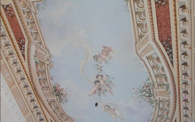 Classical bedroom ceiling